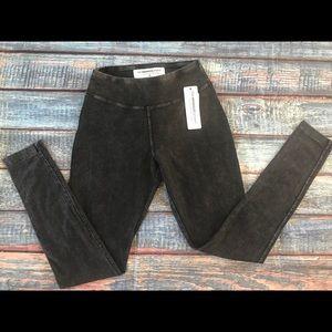 French Laundry Women's  S black leggings